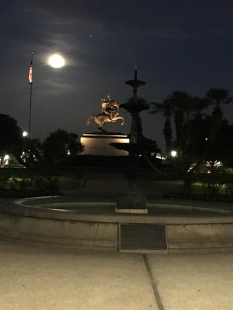 New Orleans Ghost, Voodoo & Vampire Walking Tour: Nothing better than listening to a ghost story with a full moon as a back drop.