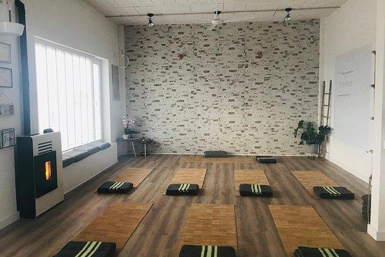 Estudio Yoga Yin Yang Vejer