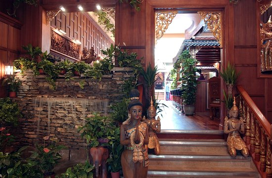Welcome to the Thai Emerald restaurant in Cheltenham, Gloucestershire