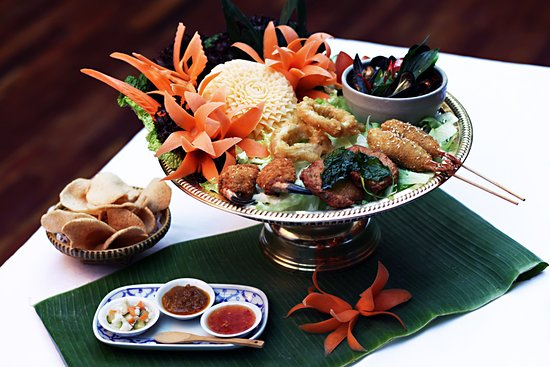 Thai Emerald Mixed Starters