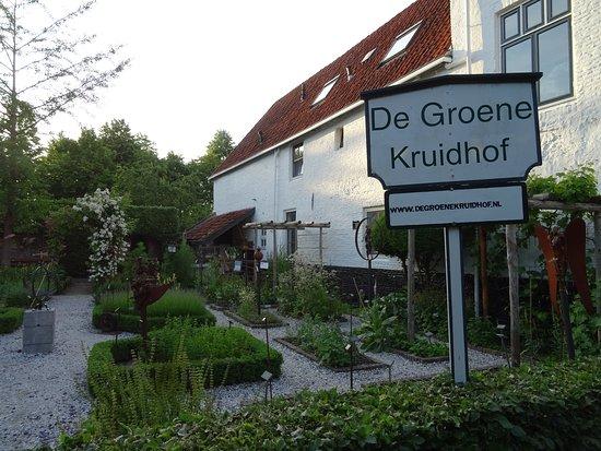 De Groene Kruidhof
