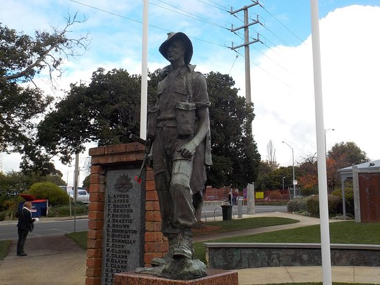 Drouin War Memorial