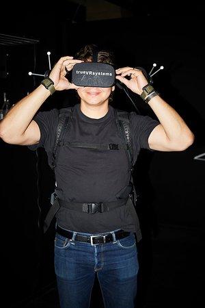 Den senaste VR-utrustningen och Full Body Tracking garanterar en häftig upplevelse.