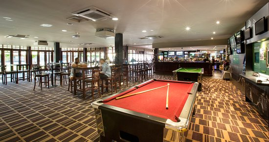 Lavington, ออสเตรเลีย: Sports Bar & Billiards