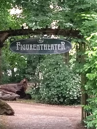 Regensburger Figurentheater im Stadtpark