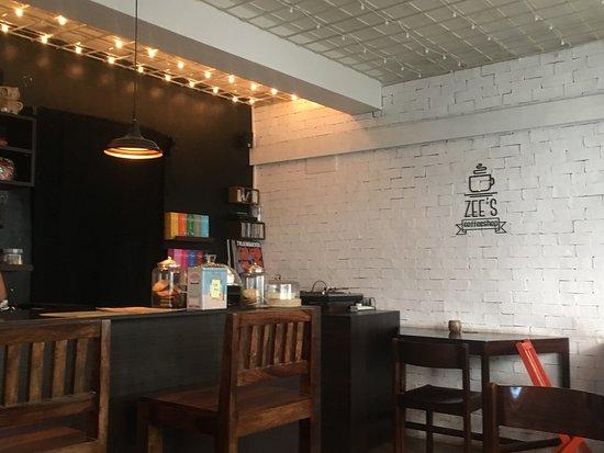 Zee's Coffeeshop