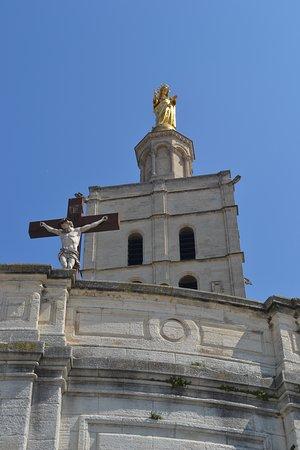 Les Palais des Papes