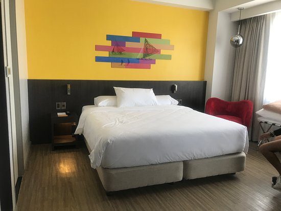 Park Inn by Radisson Iloilo: Junior Suite bedroom
