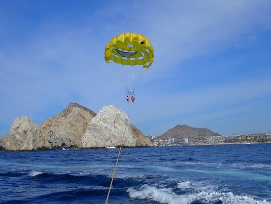 Happy Flights Cabo Parasailing: Close up of the rock formations