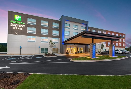 Holiday Inn Express & Suites Gainesville - Lake Lanier Area
