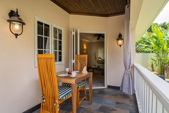 Cottage 2: Outside veranda; relax with a book or work on your electronic device