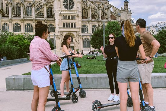 WONDR visites de Paris en trottinette électrique
