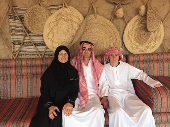 Abu Dhabi: 7-Hours Desert Safari with BBQ, Camel Ride & Sandboarding: Traditional costume