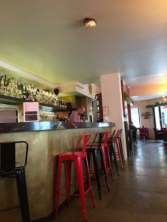 La Nuit Blanche: Bar