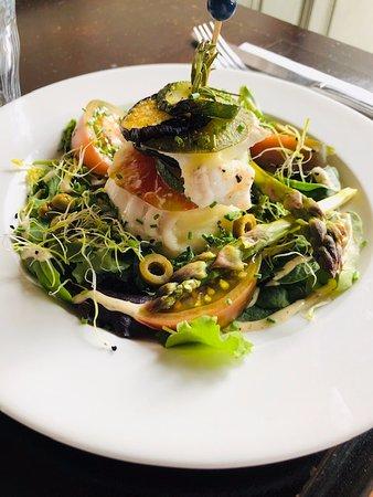 Chez l'Oncle Jules: Mille-feuille de légumes et dos de cabillaud frais