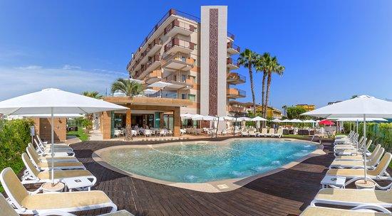 Almaluna Hotel Resort Alba Adriatica Prezzi 2020 E Recensioni