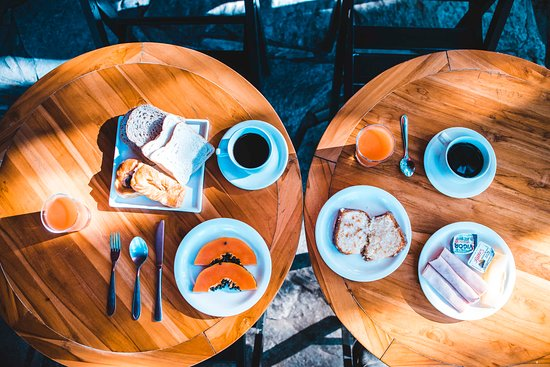 Tao Bar & Pousada: Café da manhã- Tao Bar e Pousada - Búzios