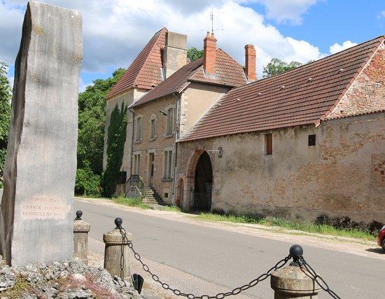 Bresse-sur-Grosne照片