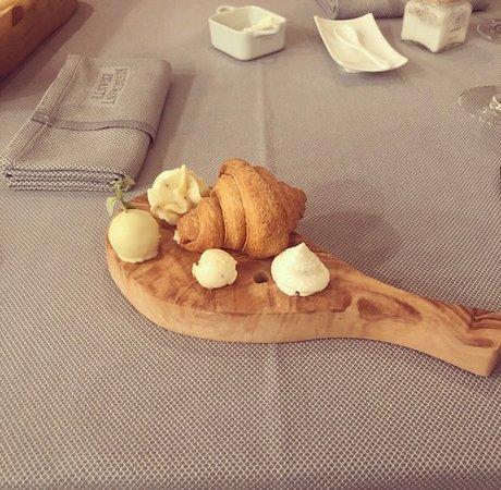 Croissant with truffle cream