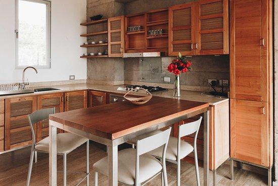 Kitchen and dining area at Villa Lechuza