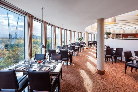 Sheraton Dusseldorf Airport Hotel: Restaurant