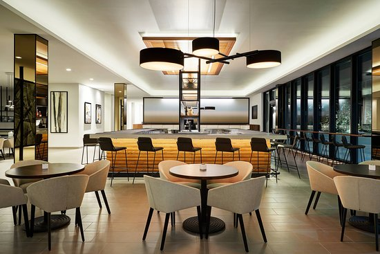 AC Hotel by Marriott Tampa Airport: Restaurant