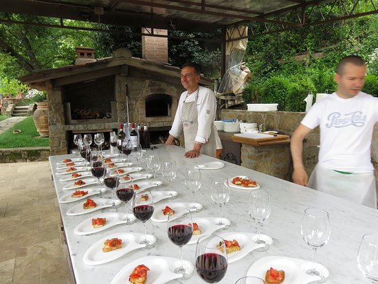 Pizza and Gelato Cooking Class in Tuscan Farmhouse from Florence: Pizza oven and Luca