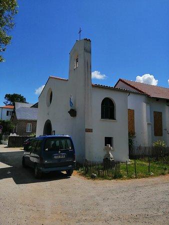 Ile de Noirmoutier, Frankrike: Chapelle au hasard d'une allée
