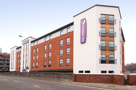 Premier Inn High Wycombe Central Hotel