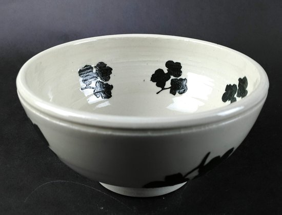 Trade, TN: porcelain bowl  with  dogwood  flowers