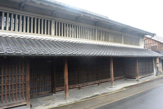 Oka Family Residence