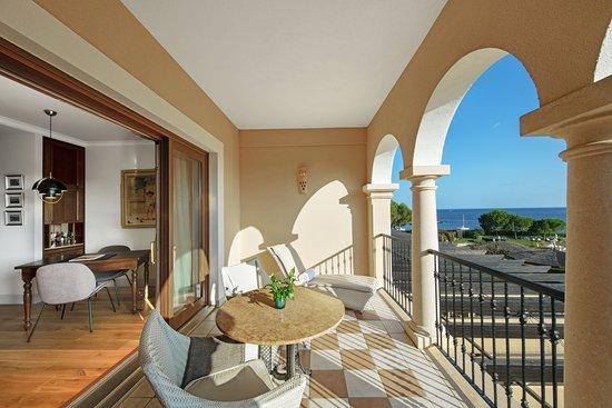 The St. Regis Mardavall Mallorca Resort: Suite