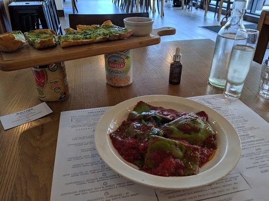 Zucchini Pasta Bar ภาพถ่าย