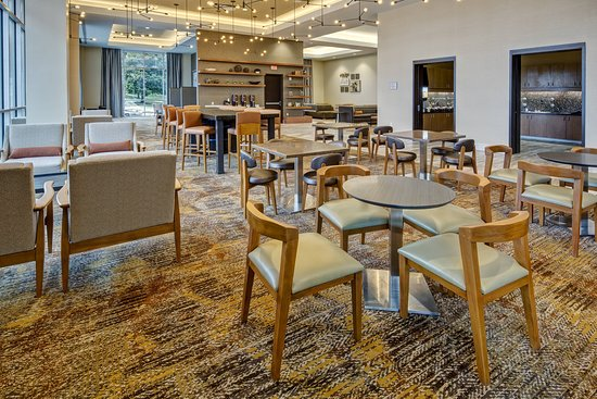 Residence Inn by Marriott Kansas City Downtown/Convention Center: Restaurant