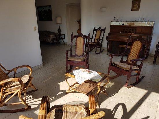 Casa Particular Tony: Living room