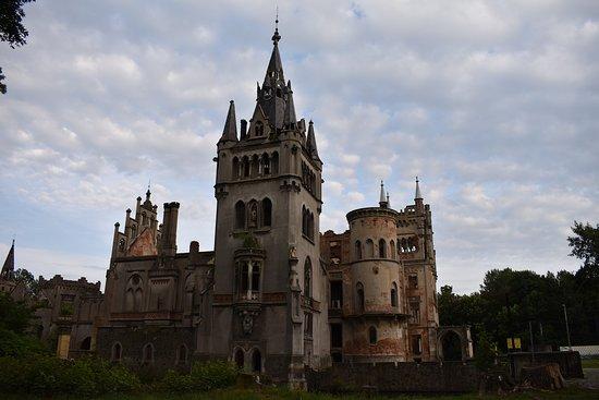 Kopice, Poland: Schaffgotsch Castle exterior