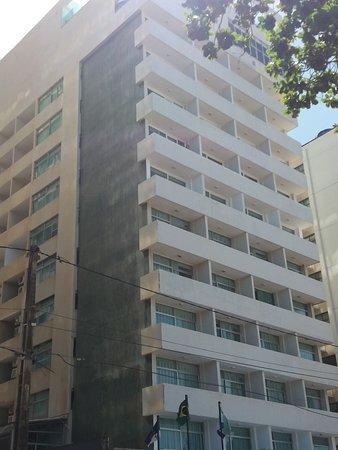 Hotel Jangadeiro: FACHADA DO HOTEL