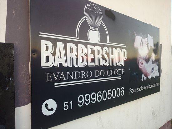 Capivari do Sul, RS: Barbearia Evandro do Corte. Avenida Brasil, n° 670, jardim formoso.