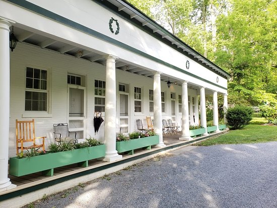 Capon Springs, Virginia Occidental: a step back in time.  love the porch rockers!