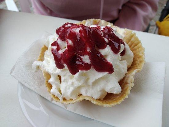 Tawerna Orlowska: ice cream dessert