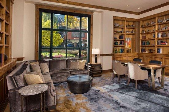 Park Hyatt Beaver Creek Resort and Spa: Bar Lounge