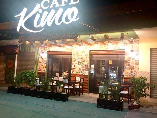 Quevedo, Ecuador: Cafetería, Pasteleria, Restaurant, bar y delicatessen
