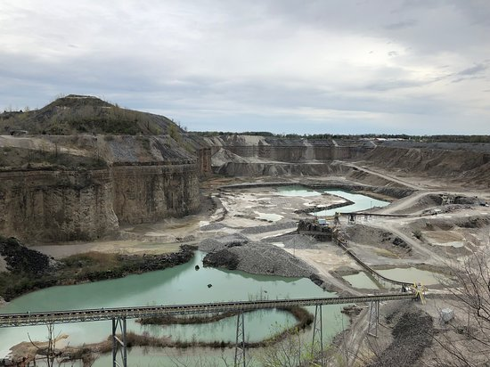 Hanson Aggregates Quarry Observation Deck