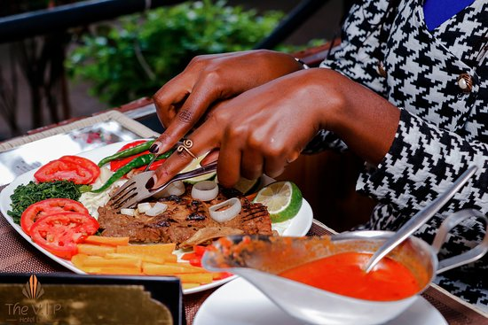 Anybody hungry? we make thee best African and International cuisines in the region. Bon appetit!