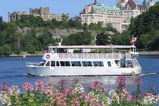 Tour sul fiume Ottawa