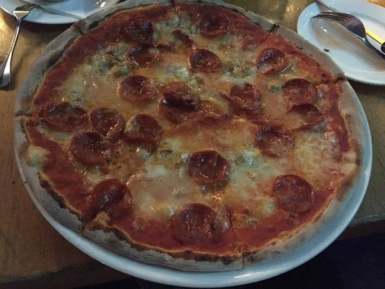 Ciccio Bar Pizzeria: My fav pizza