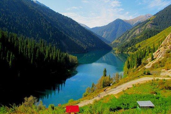 Kolsay e Kaiyndy Lakes + Charyn
