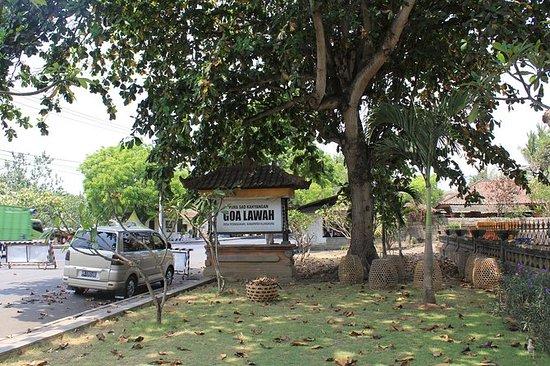 Excursión por la costa Bali Royal...