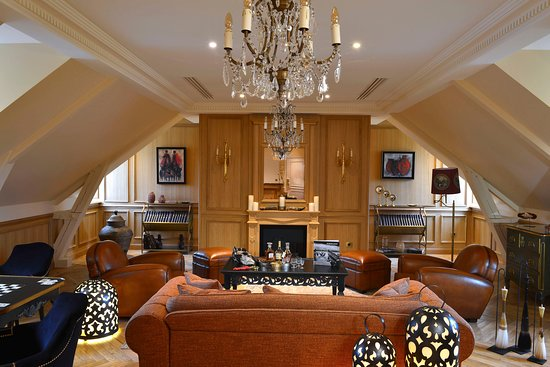Presidential Suites - Villa Augustine - living and dining room (402790823)