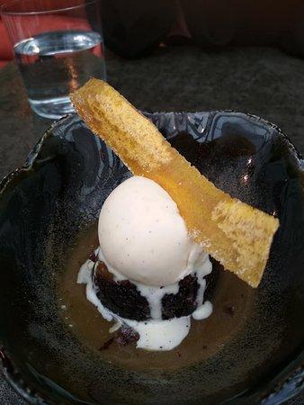 MINI CHOCOLATE BANANA CAKE